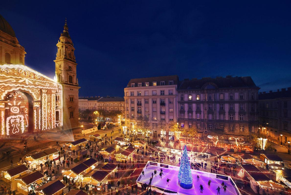 Best Christmas Markets in the Alps to visit with your Campervan
